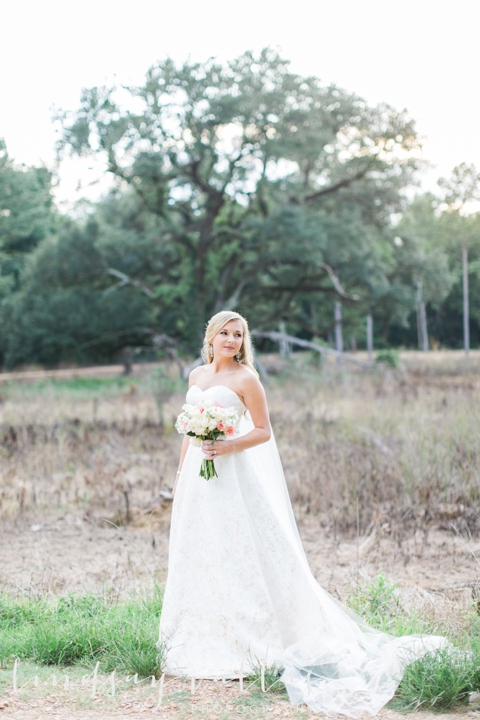 Lauren Bridals - Mississippi Wedding Photographer - Lindsay Vallas Photography_0002