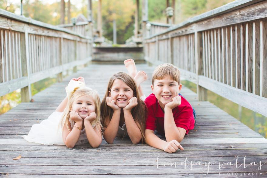 grantham-family-session_mississippi-wedding-photographer_lindsay-vallas-photography_0029