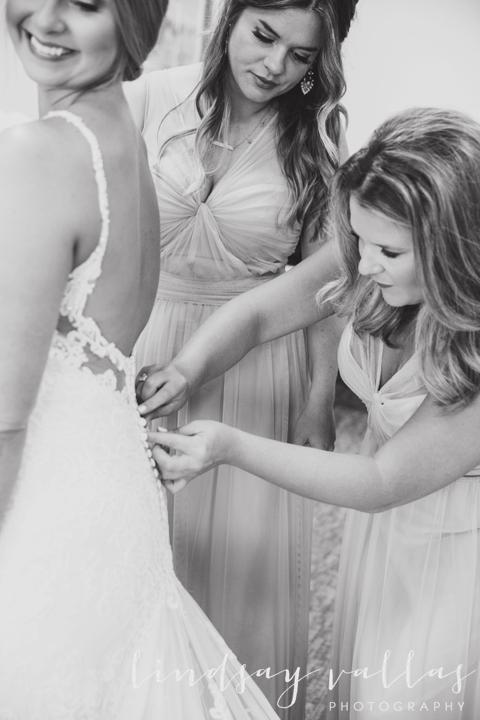 Kelly & Drew Wedding_Mississippi Wedding Photography_Lindsay Vallas Photography_Jackson Yacht Club Jackson MS_0013