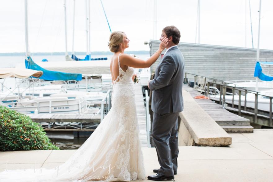 Kelly & Drew Wedding_Mississippi Wedding Photography_Lindsay Vallas Photography_Jackson Yacht Club Jackson MS_0024