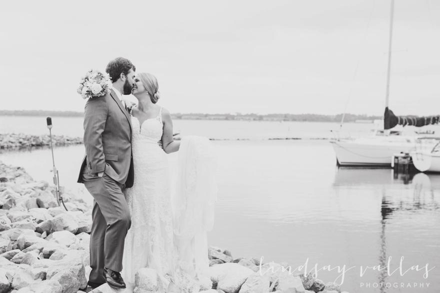 Kelly & Drew Wedding_Mississippi Wedding Photography_Lindsay Vallas Photography_Jackson Yacht Club Jackson MS_0040