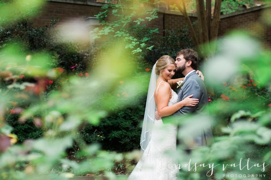 Kelly & Drew Wedding_Mississippi Wedding Photography_Lindsay Vallas Photography_Jackson Yacht Club Jackson MS_0065