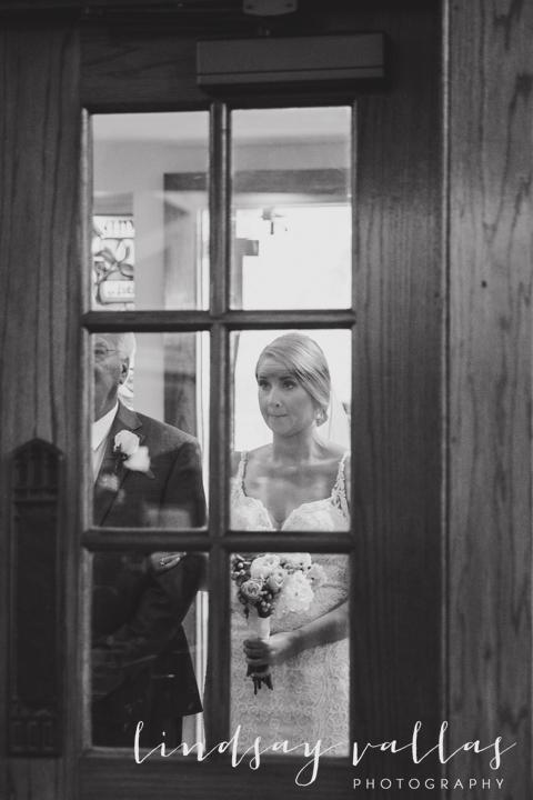 Kelly & Drew Wedding_Mississippi Wedding Photography_Lindsay Vallas Photography_Jackson Yacht Club Jackson MS_0067