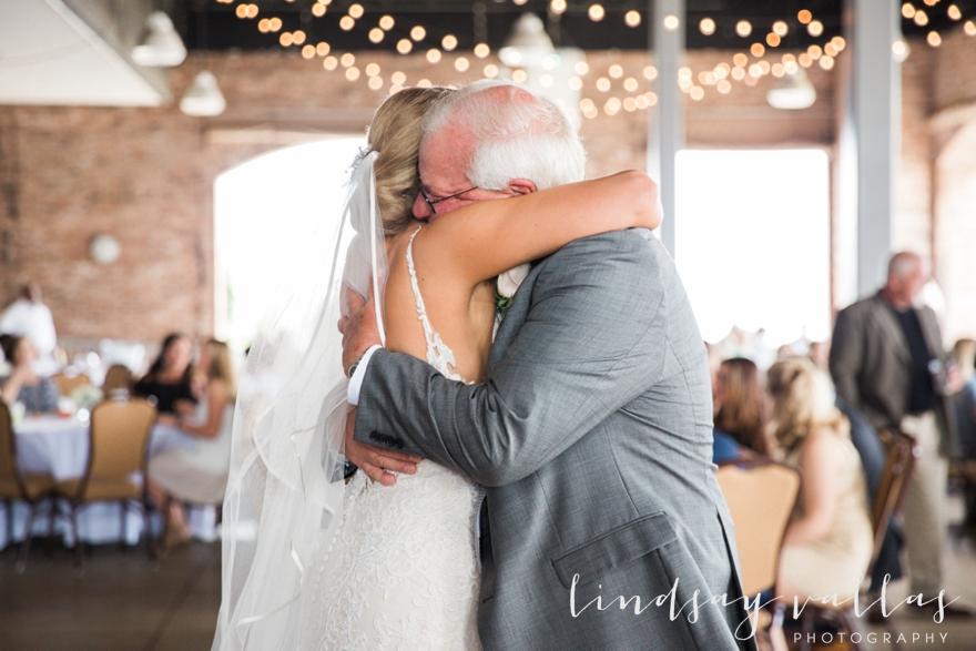 Kelly & Drew Wedding_Mississippi Wedding Photography_Lindsay Vallas Photography_Jackson Yacht Club Jackson MS_0077