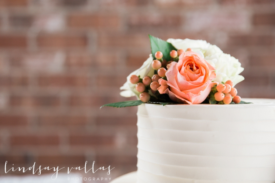 Kelly & Drew Wedding_Mississippi Wedding Photography_Lindsay Vallas Photography_Jackson Yacht Club Jackson MS_0079