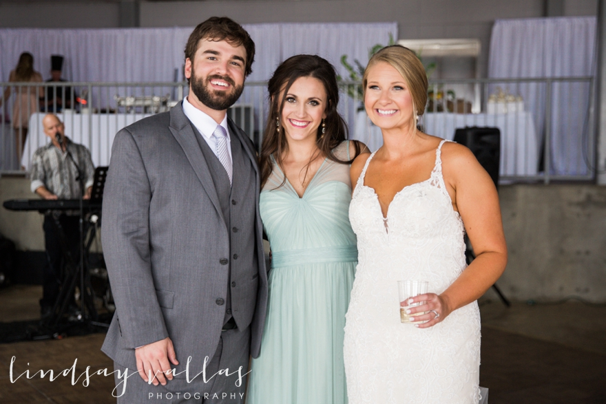 Kelly & Drew Wedding_Mississippi Wedding Photography_Lindsay Vallas Photography_Jackson Yacht Club Jackson MS_0087
