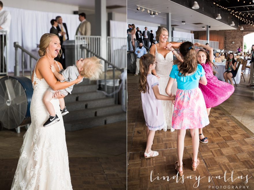 Kelly & Drew Wedding_Mississippi Wedding Photography_Lindsay Vallas Photography_Jackson Yacht Club Jackson MS_0089