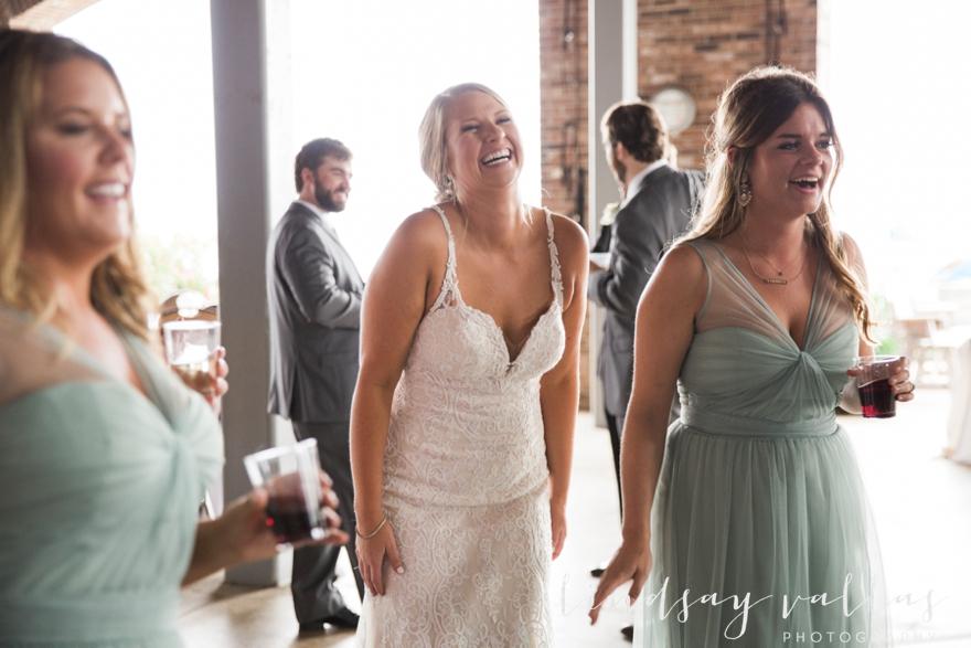 Kelly & Drew Wedding_Mississippi Wedding Photography_Lindsay Vallas Photography_Jackson Yacht Club Jackson MS_0090