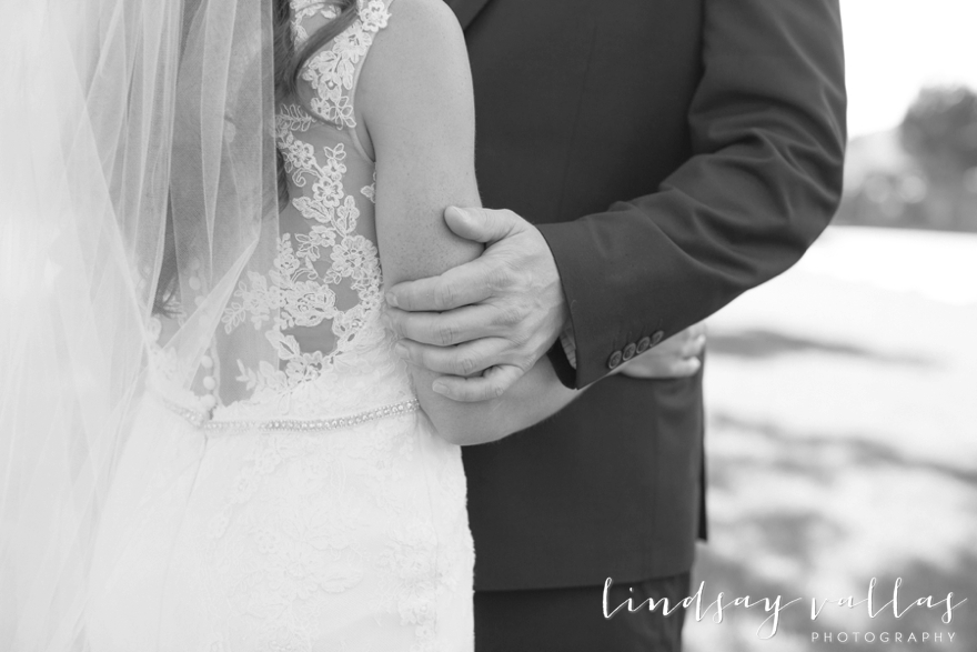 Hayley & Andrew Wedding - Jackson MS - Mississippi Wedding Photographer - Lindsay Vallas Photography_The Ivy Wedding Venue_0035
