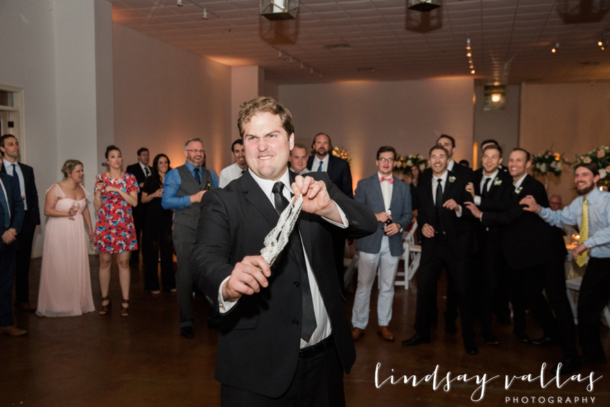 Hayley & Andrew Wedding - Jackson MS - Mississippi Wedding Photographer - Lindsay Vallas Photography_The Ivy Wedding Venue_0110