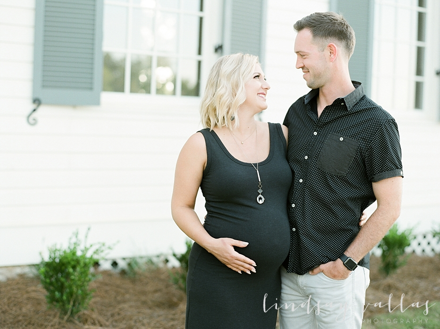 Molly Gee & Justin Maternity Session_Mississippi Wedding Photography_Lindsay Vallas Photography_Livingston Madison MS_0058