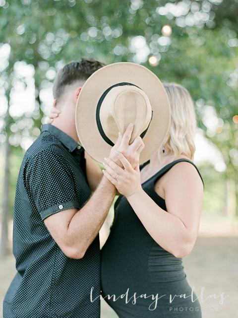 Molly Gee & Justin Maternity Session_Mississippi Wedding Photography_Lindsay Vallas Photography_Livingston Madison MS_0078