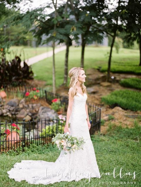Sydney & William Wedding - Mississippi Wedding Photographer - Lindsay Vallas Photography_The Cotton Market Wedding Venue_0036