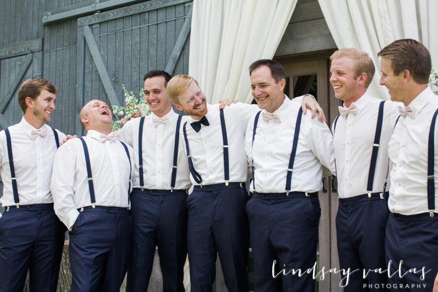 Sydney & William Wedding - Mississippi Wedding Photographer - Lindsay Vallas Photography_The Cotton Market Wedding Venue_0059