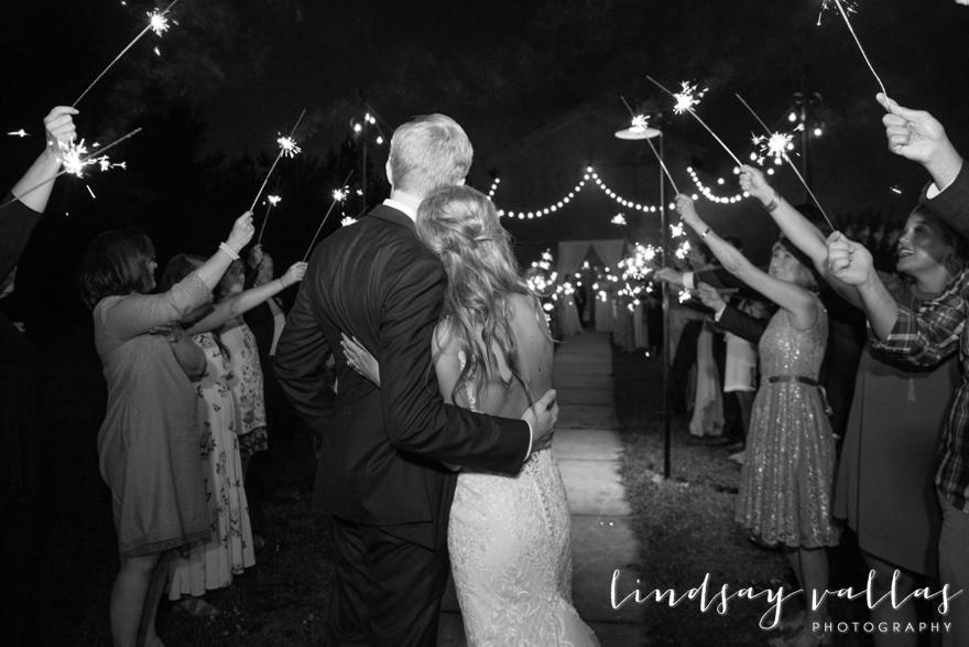Sydney & William Wedding - Mississippi Wedding Photographer - Lindsay Vallas Photography_The Cotton Market Wedding Venue_0102