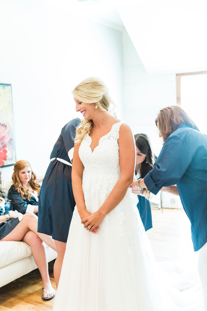 Beth & Colby MS Wedding - Mississippi Wedding Photographer - Lindsay Vallas Photography_The Lake House Wedding Venue, Ridgeland, MS_0029