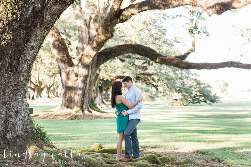 I Was Able To Photograph Molly David S Engagement Session At The Gorgeous Oak Alley Plantation Outside Of New Orleans A Few Weeks Ago
